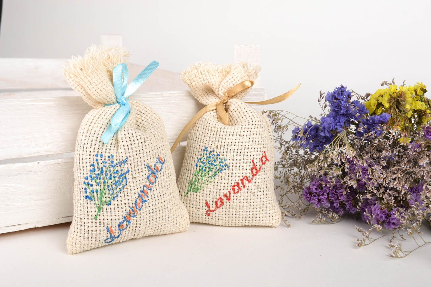 Handmade scented sachets lavender bags souvenir ideas aroma therapy sachets photo 1