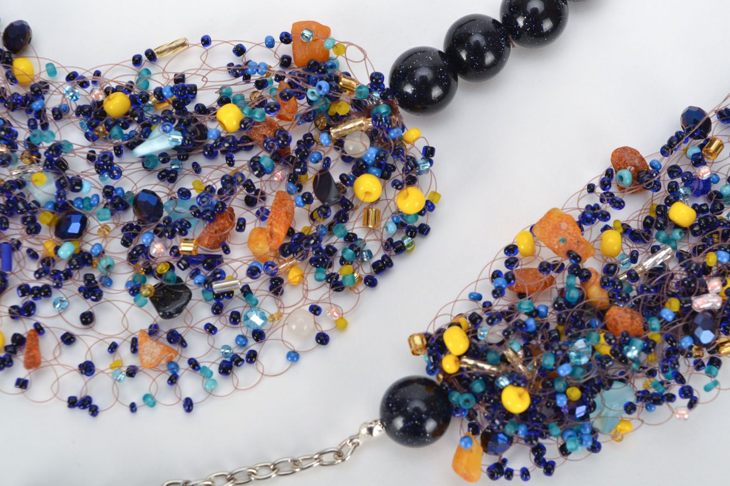 Set of jewelry with natural stones photo 3