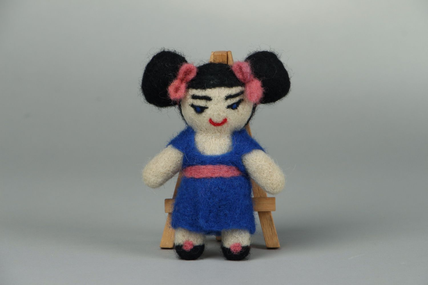 Designer's toy made of wool Japanese photo 1