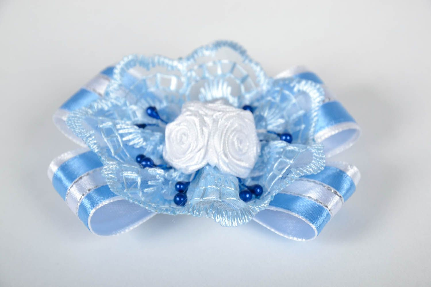 Hair clip with roses photo 2