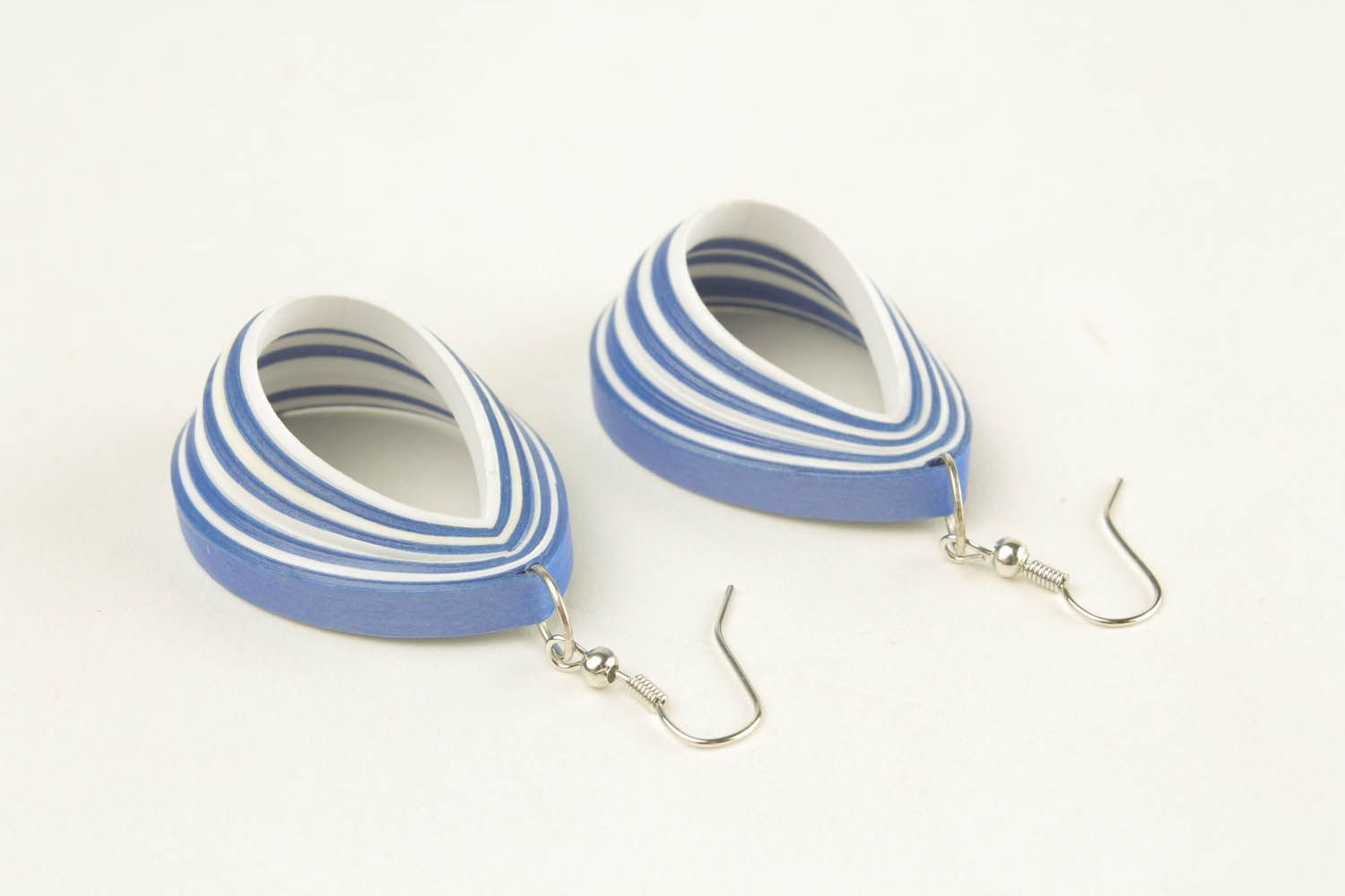 Oval earrings photo 2