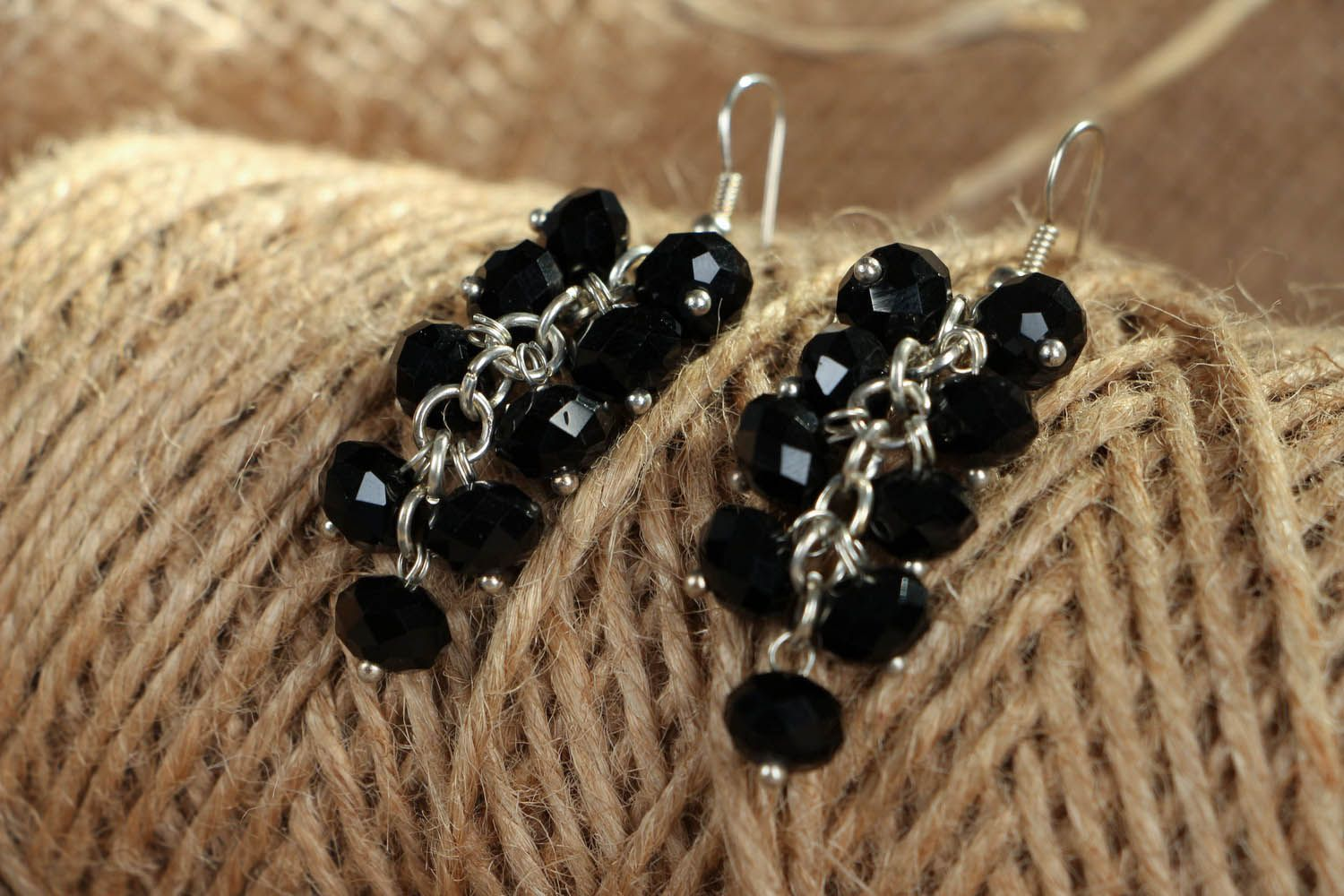 Black crystal earrings photo 3