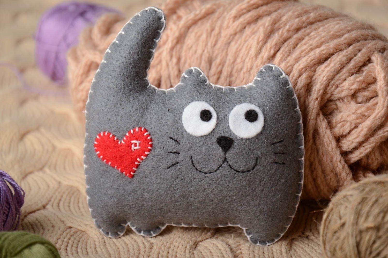 jouet chat feutrine