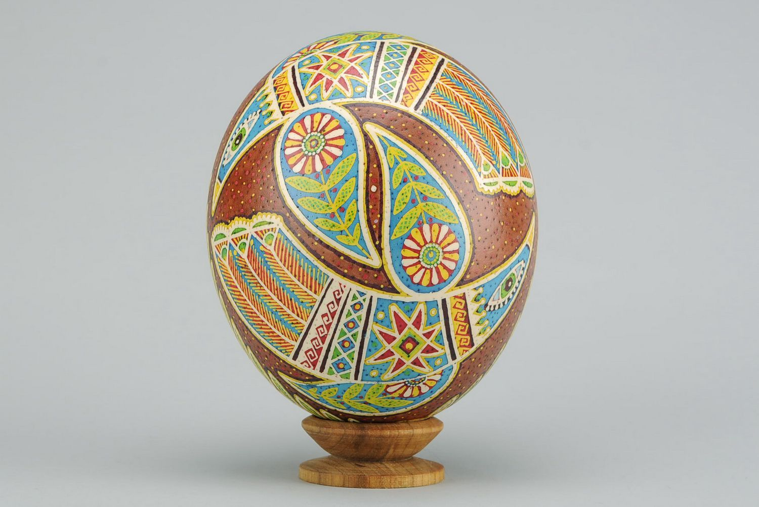 ostrich easter eggs Painted egg