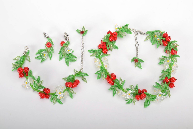 Set of beaded jewelry photo 2