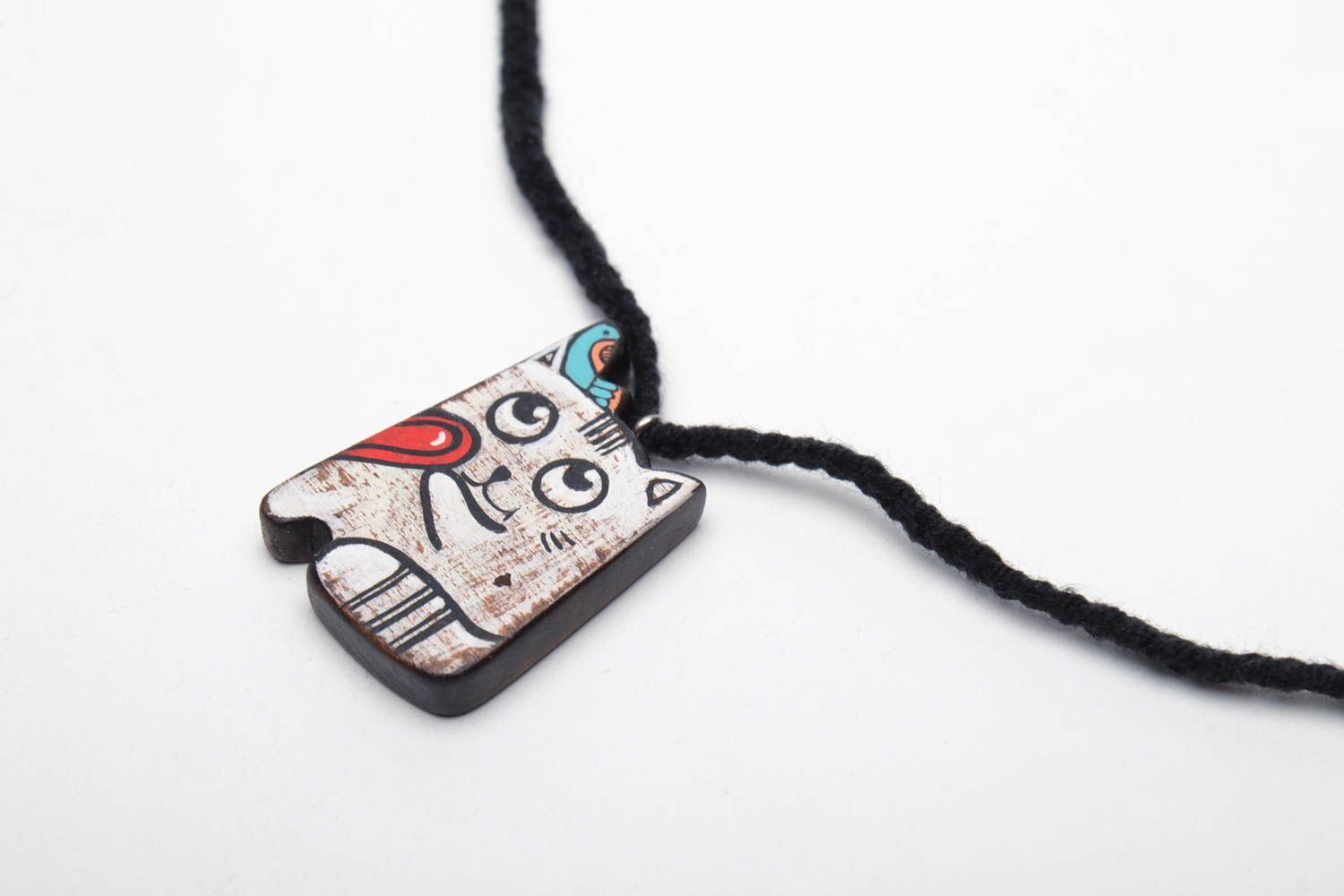 Wooden pendant in the shape of cat photo 3
