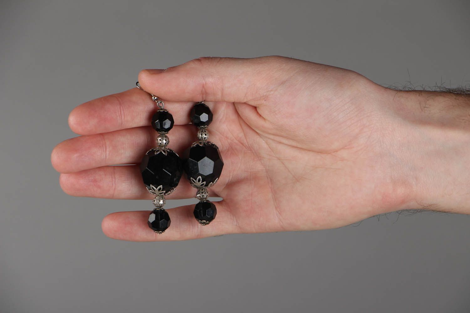 Earrings with large black beads photo 4