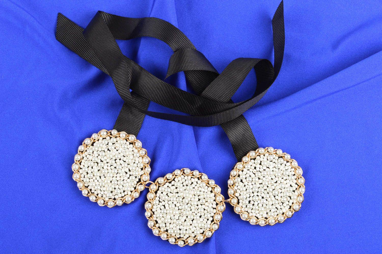 técnica mezclada Collar de abalorios perlas y cintas bisutería artesanal regalo original , MADEheart.com