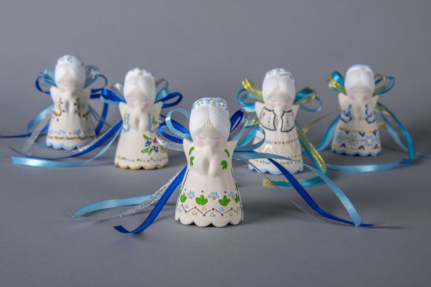 Ceramic angel-bell with ribbons photo 4