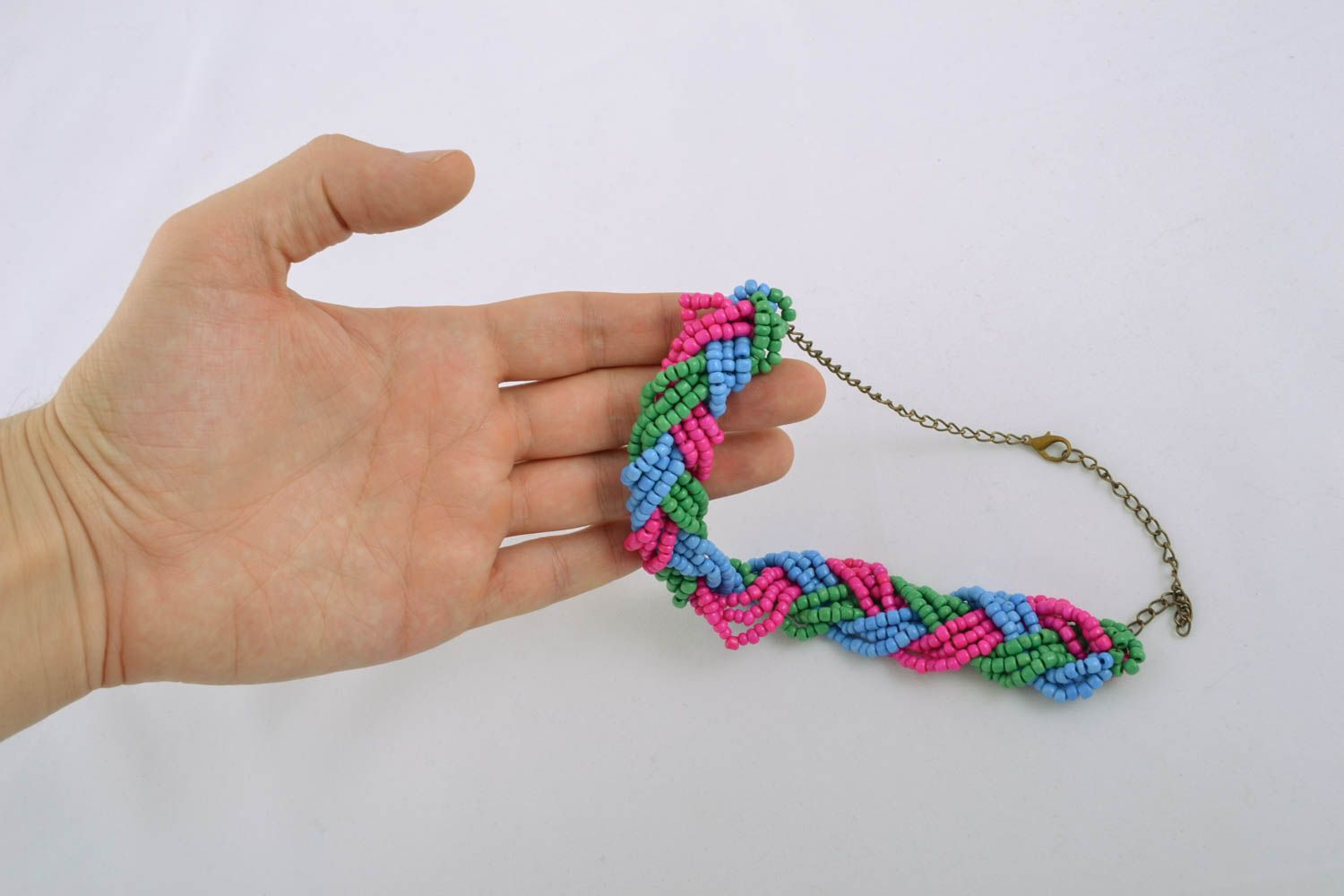Beaded necklace with chain photo 4