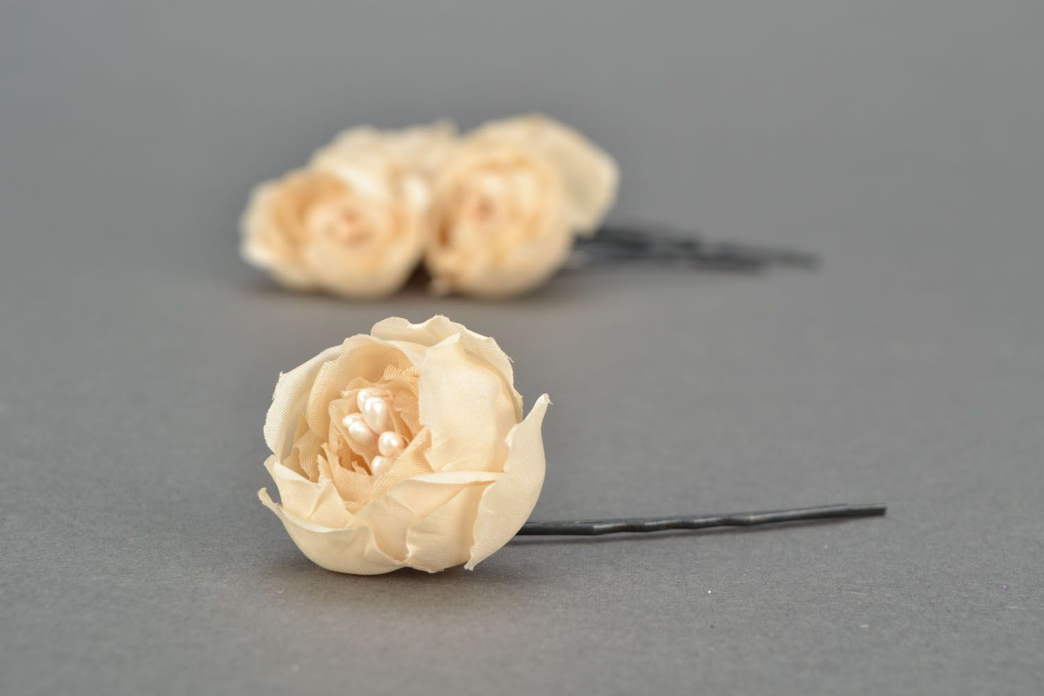 Hair pins with flowers Creamy Dreams photo 4