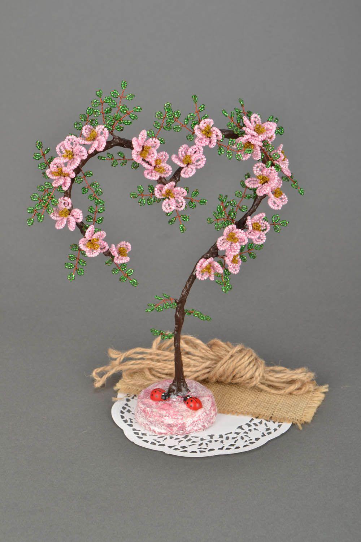 Маленькое дерево из бисера своими руками