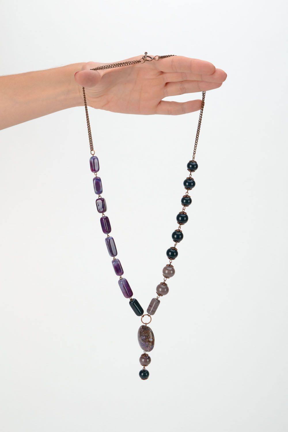 Bead necklace with adjustable length photo 2