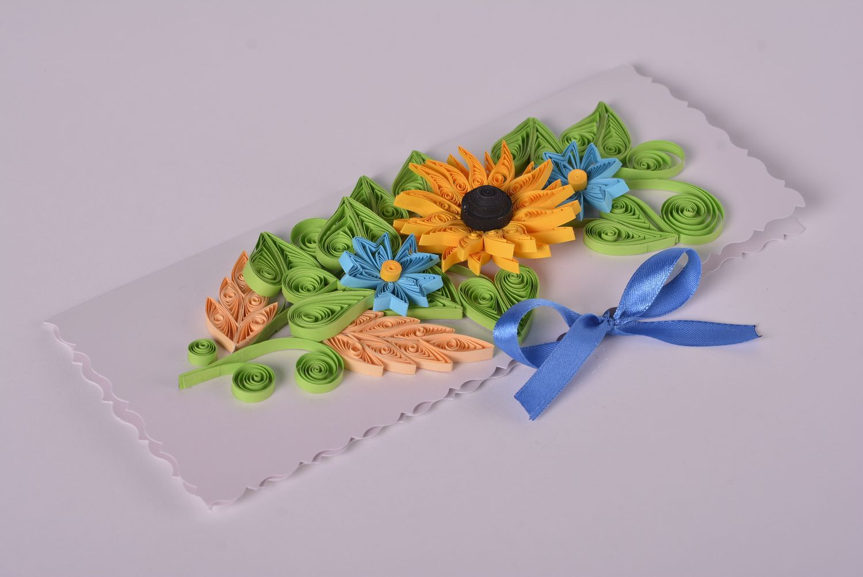 madeheart carte de voeux fait main avec jolies fleurs en carton quilling cadeau original. Black Bedroom Furniture Sets. Home Design Ideas