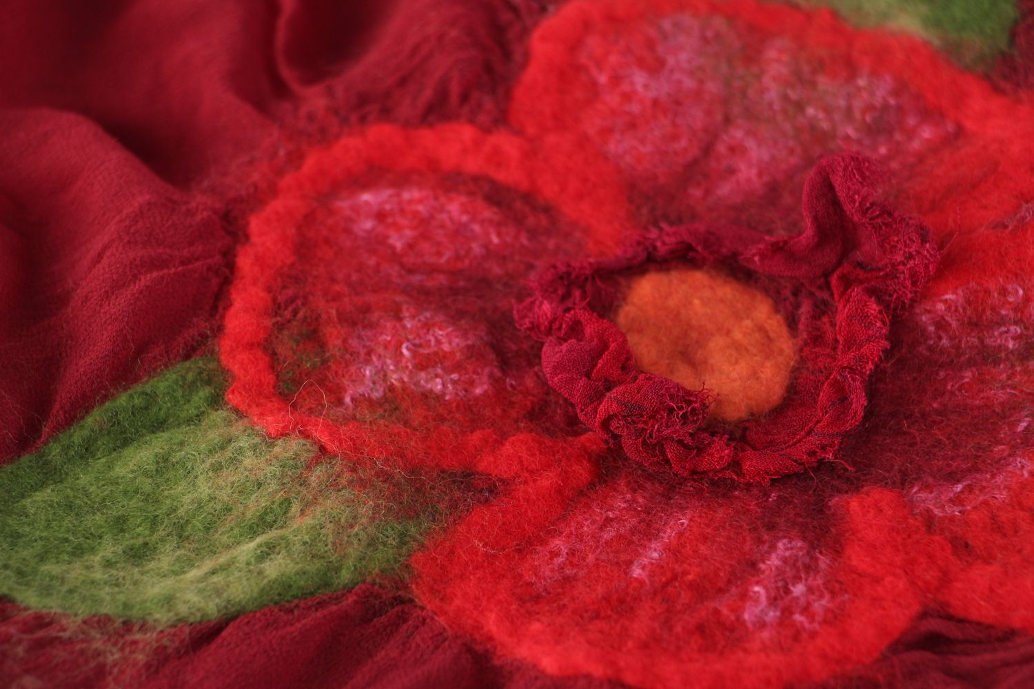 Women's felted shawl hand made of silk and wool of claret color photo 3