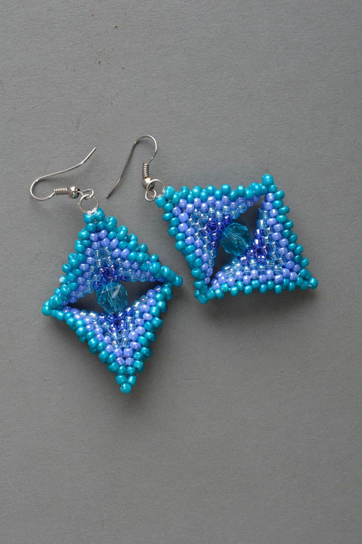 Massive blaue handgemachte Ohrringe aus Glasperlen für stilvolle Damen Quadrate foto 2