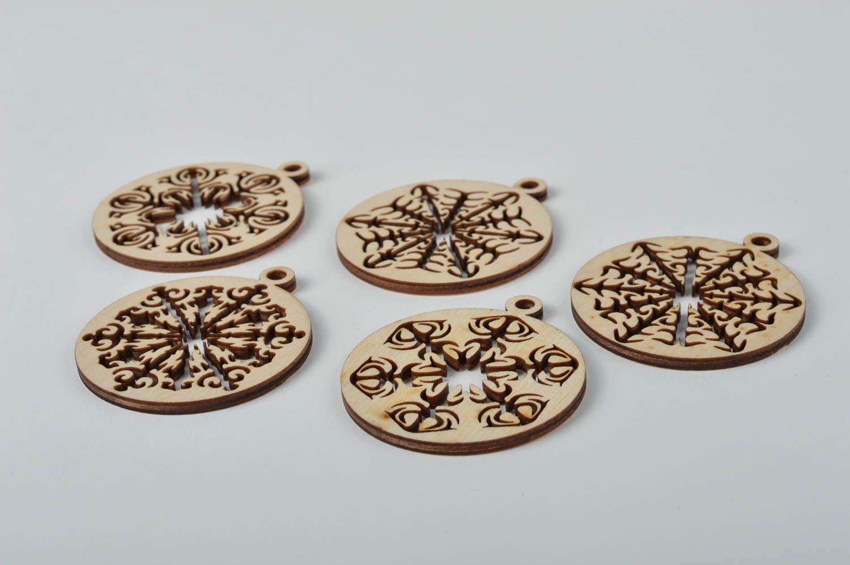 Madeheart colgantes artesanales estilosos adornos - Articulos de madera para manualidades ...