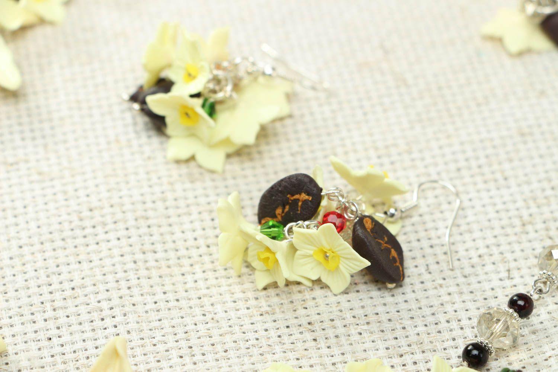 Plastic jewelry set Vanilla photo 3