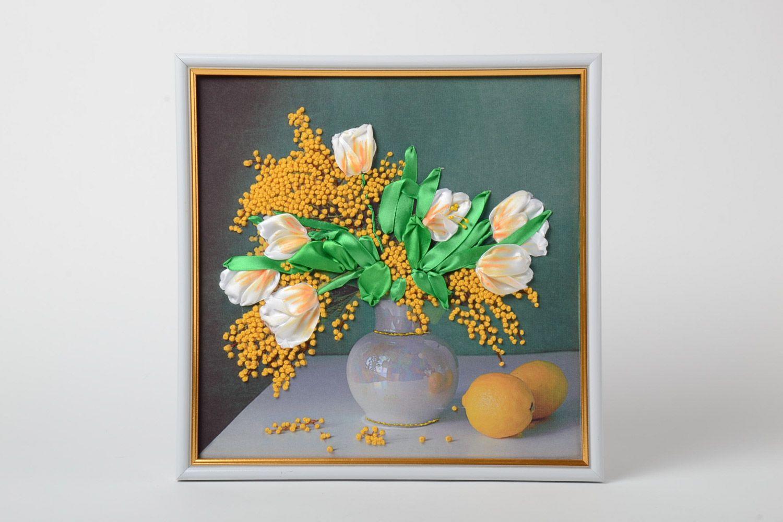 MADEHEART > Schönes gesticktes Wandbild Blumen in Rahmen aus Holz ...