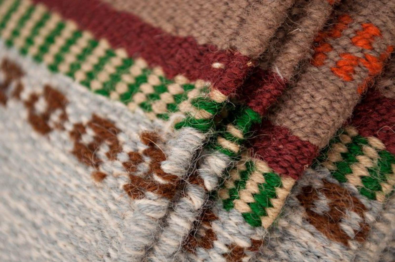 Homespun wool carpet photo 3