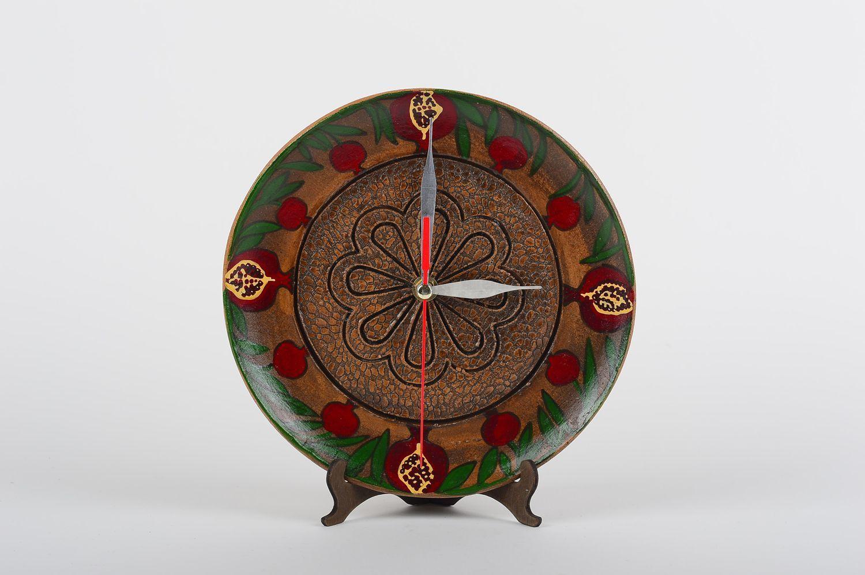 Madeheart Unusual Handmade Funky Clock Ceramic Wall Clock Wall