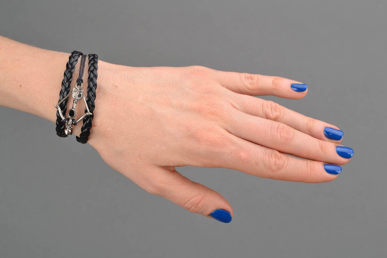 Браслет на руку из натуральной кожи плетеный многорядный с арбалетом фото 2
