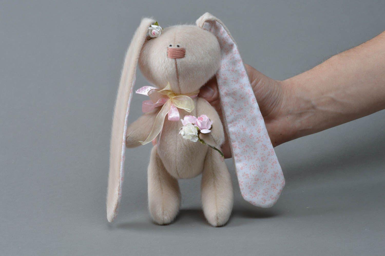 Заяц с ушами своими руками