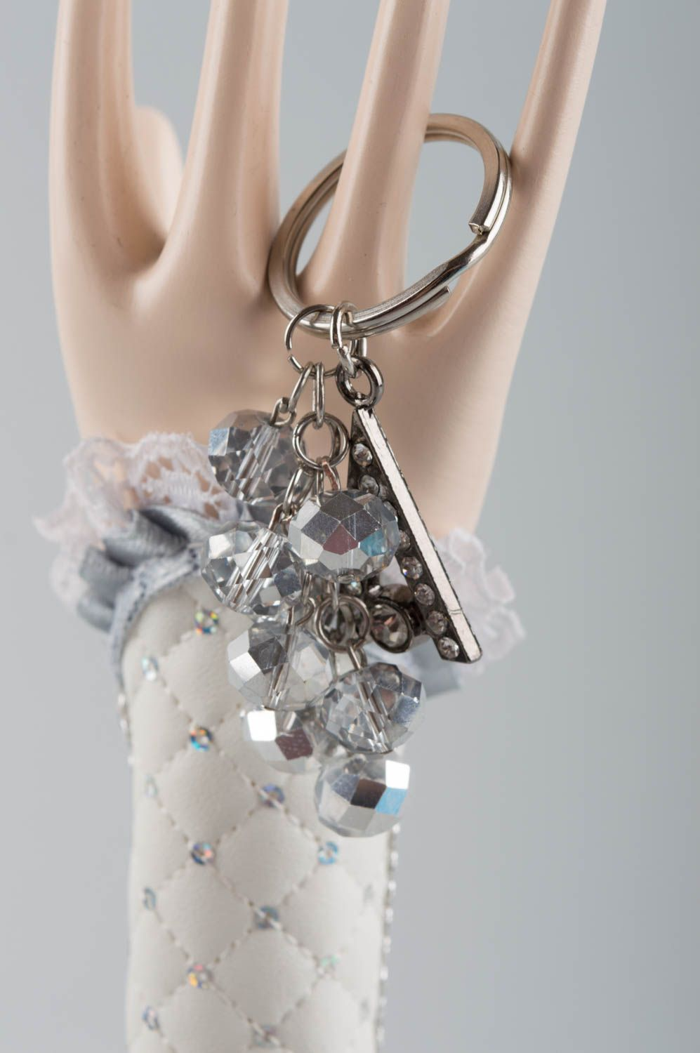 Handmade cute metal keychain made of glass beads with strasses for girls