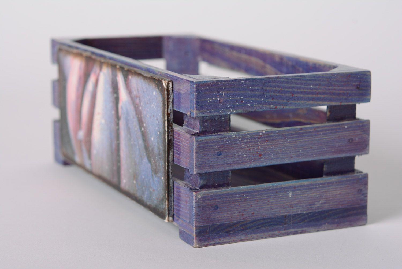 madeheart petite caisse de rangement en bois d cor e en serviettage ouvrage fait main. Black Bedroom Furniture Sets. Home Design Ideas