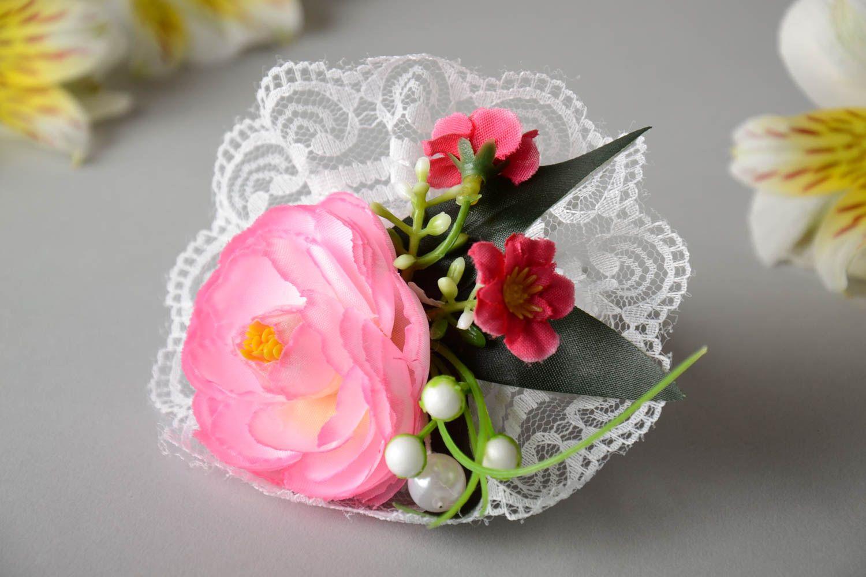 MADEHEART > Ramillete para muñeca para dama de honor o novia hecho a ...
