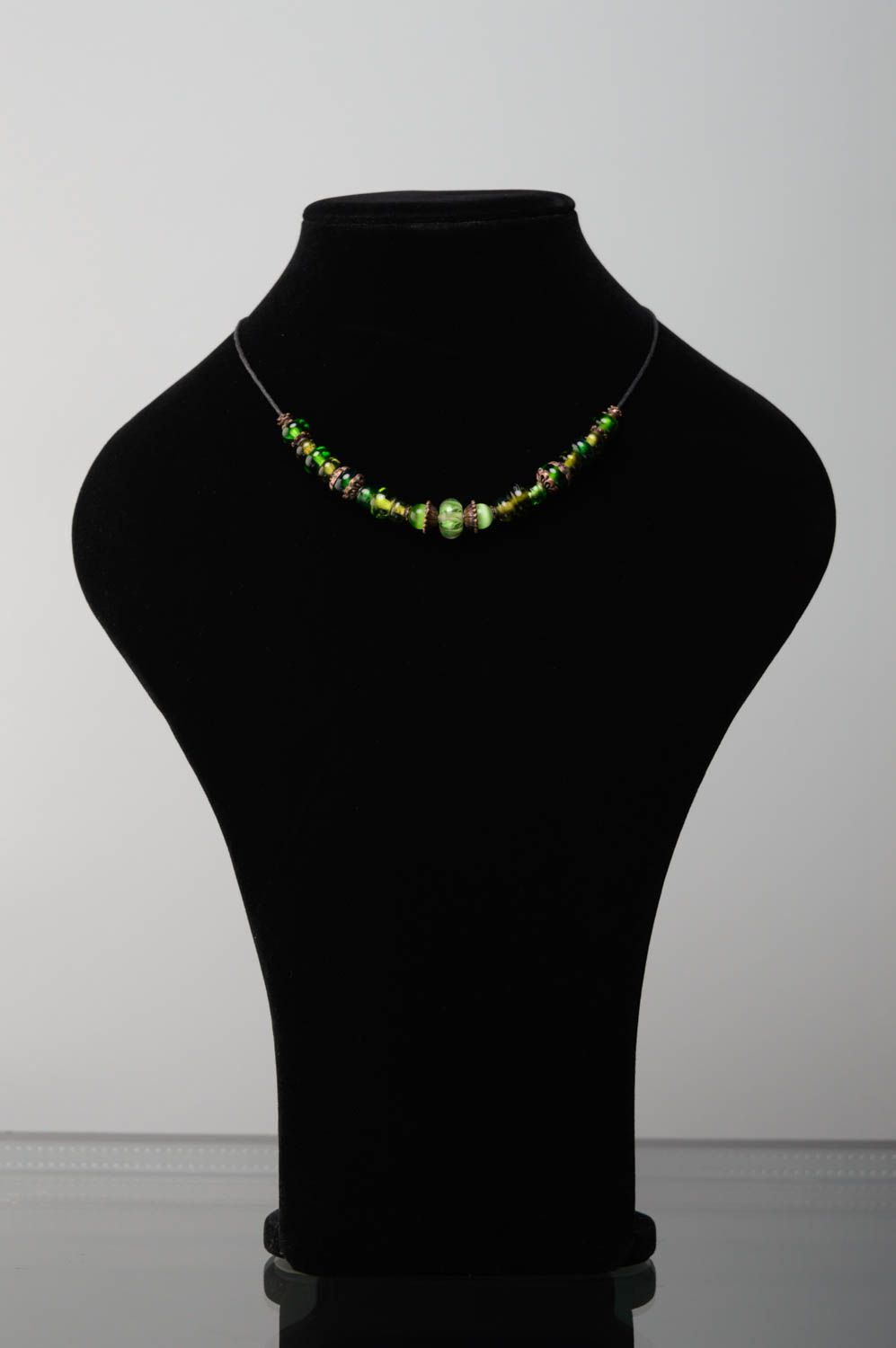Lampwork bead necklace of green color photo 2