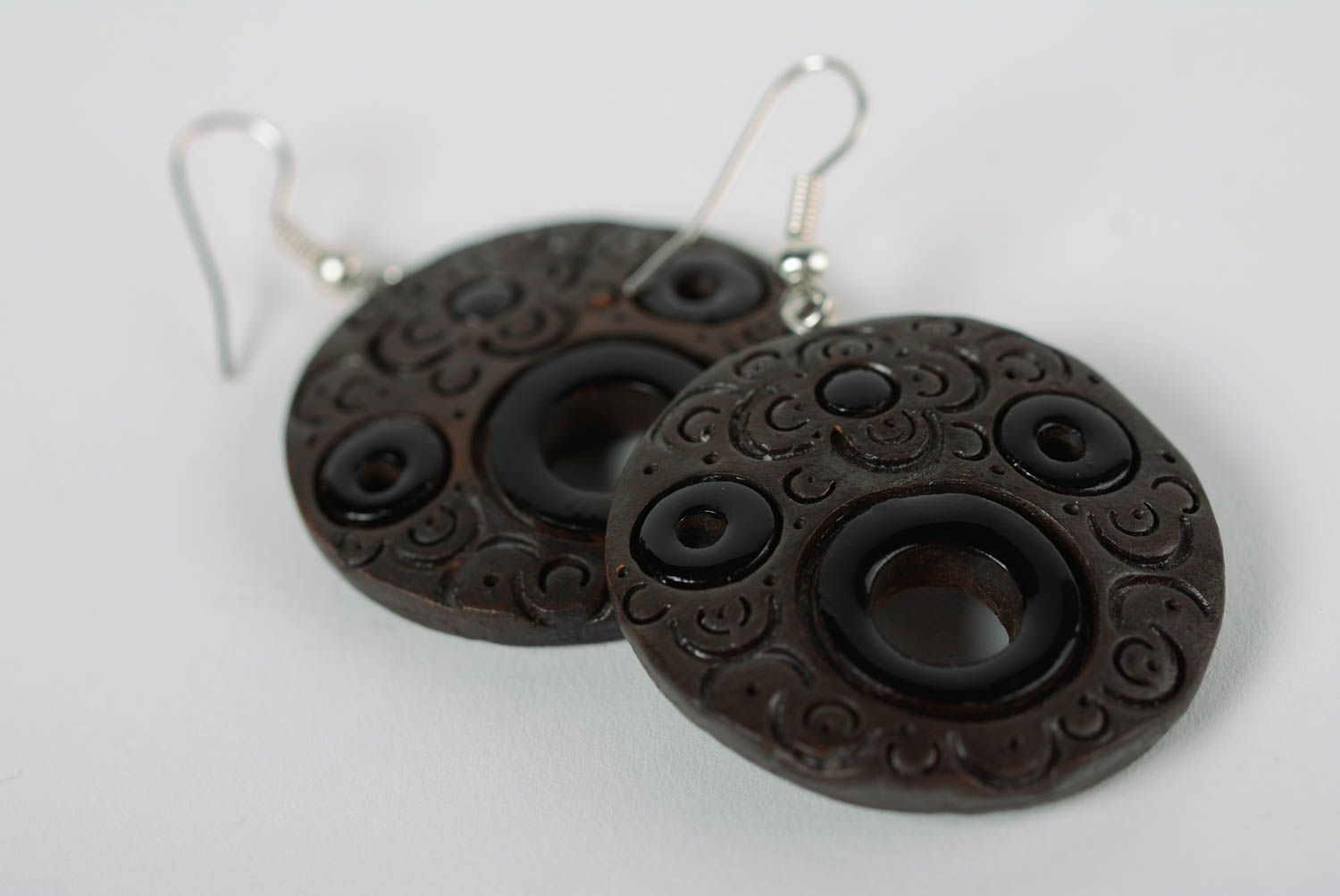 dangle earrings Handcrafted round earrings made of clay with colored enamel paintings - MADEheart.com
