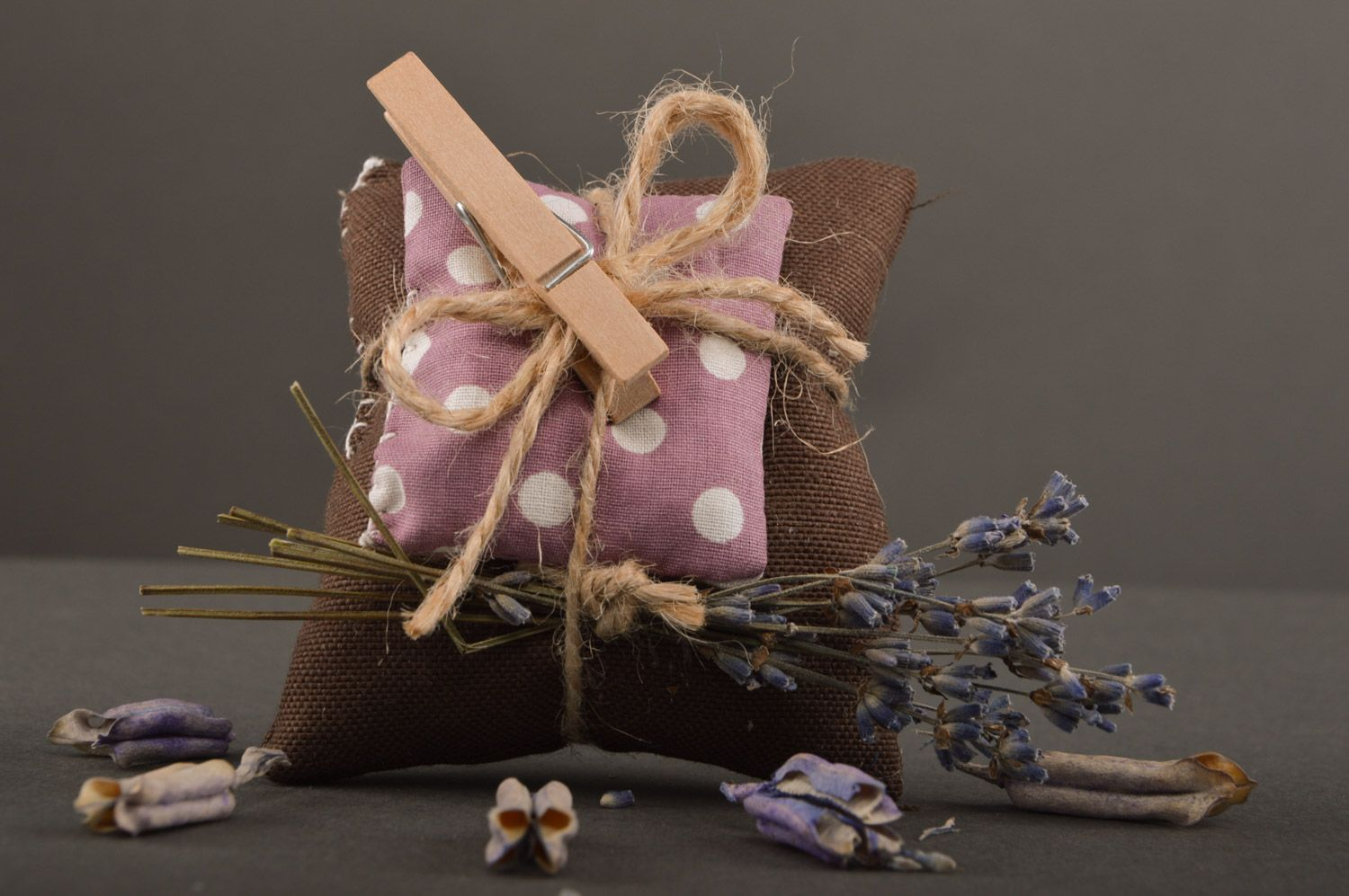 Beautiful handmade sachet pillow sewn of fabric with lavender and mint photo 2