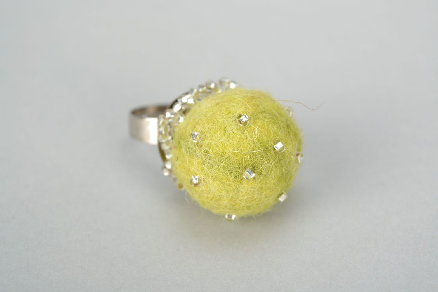 Felted wool ring photo 3