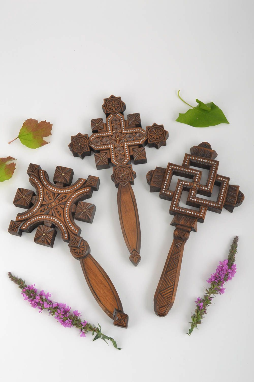 Madeheart cruces de madera artesanales adornos para casa for Adornos de madera para pared