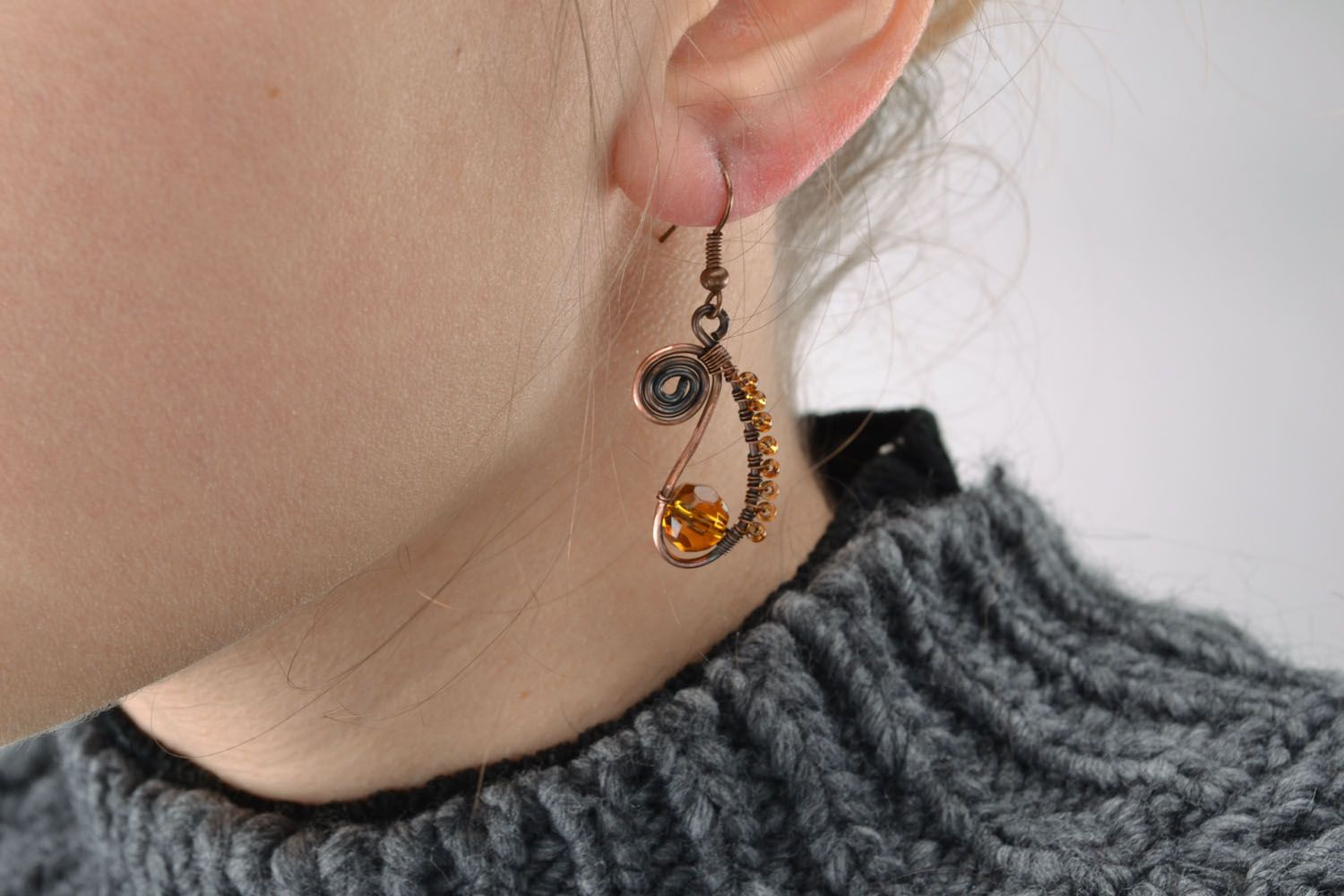 Earrings made of copper wire photo 5
