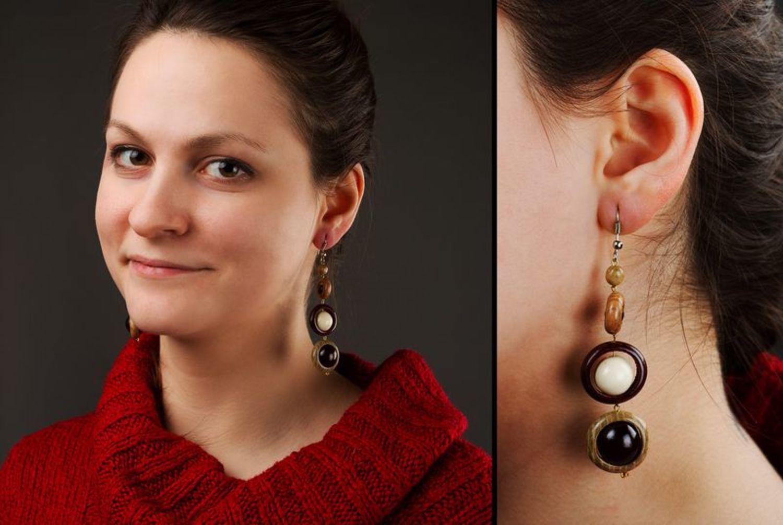 Long wooden earrings photo 2