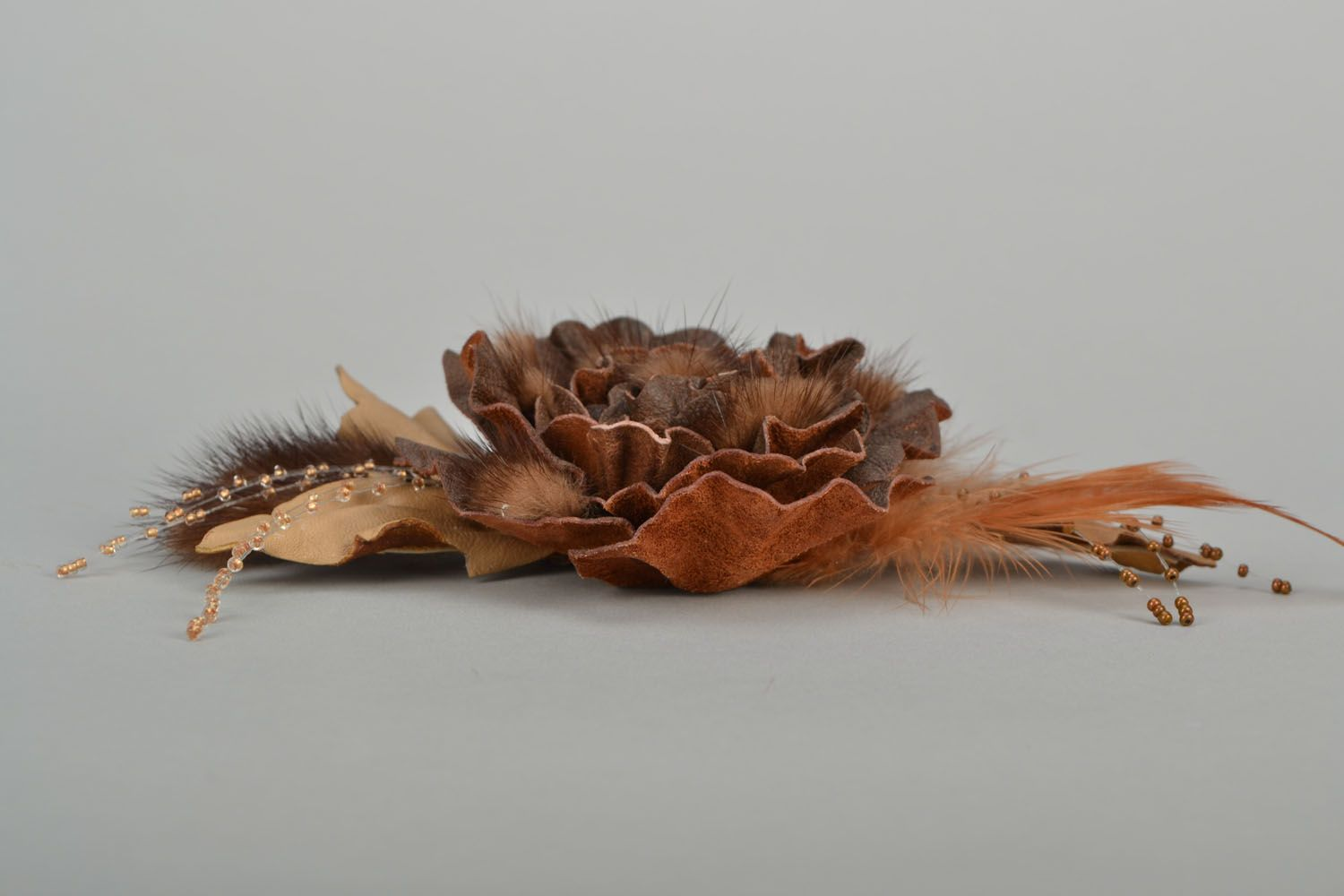 Designer brooch with feathers and fur photo 4