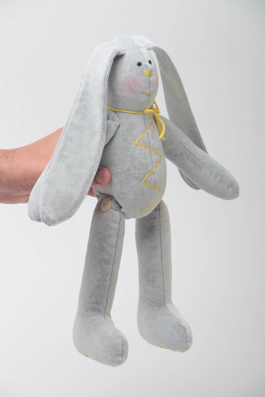 Игрушки зайцы с длинными ушами