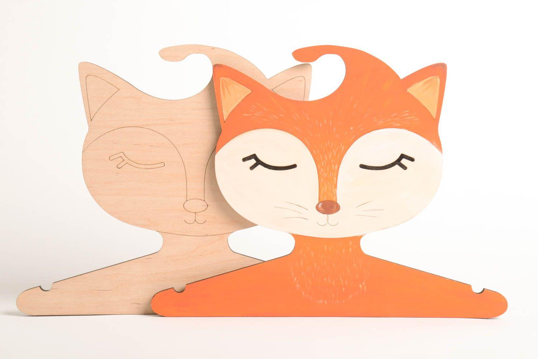 Madeheart perchas infantiles artesanales accesorios para - Perchas para ninos ...