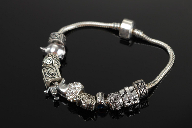 how to make metal bracelets