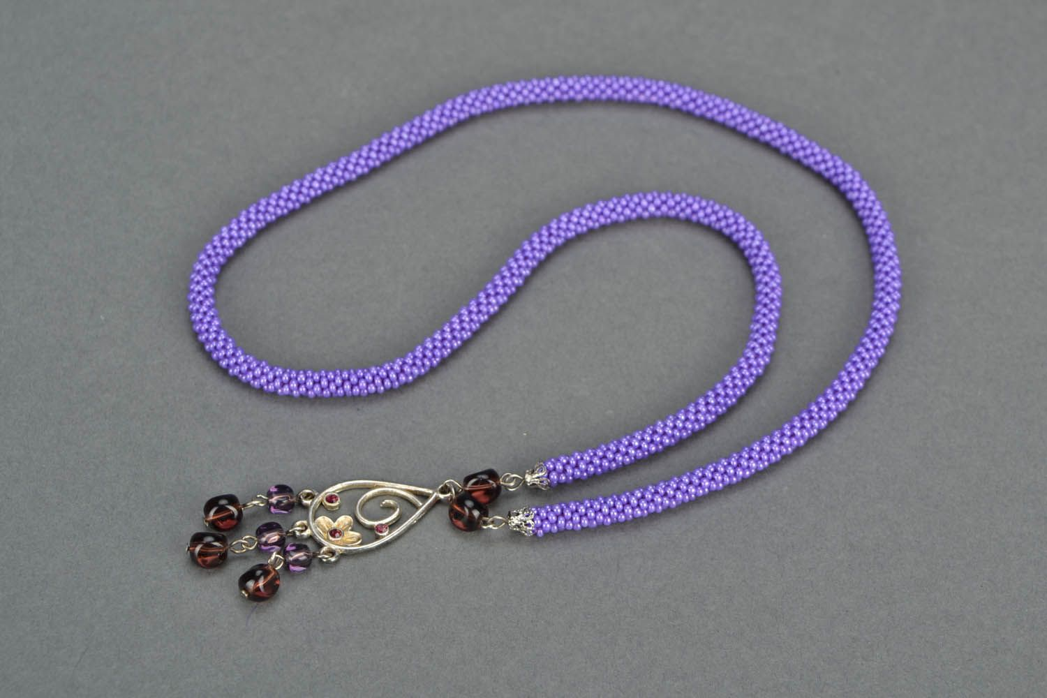 Lilac beaded necklace photo 4