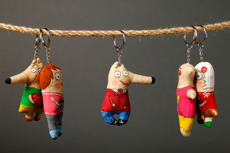 91fa57d49599 breloques Porte-clés fait main Porte-clefs design animal en tissu Cadeau  original -