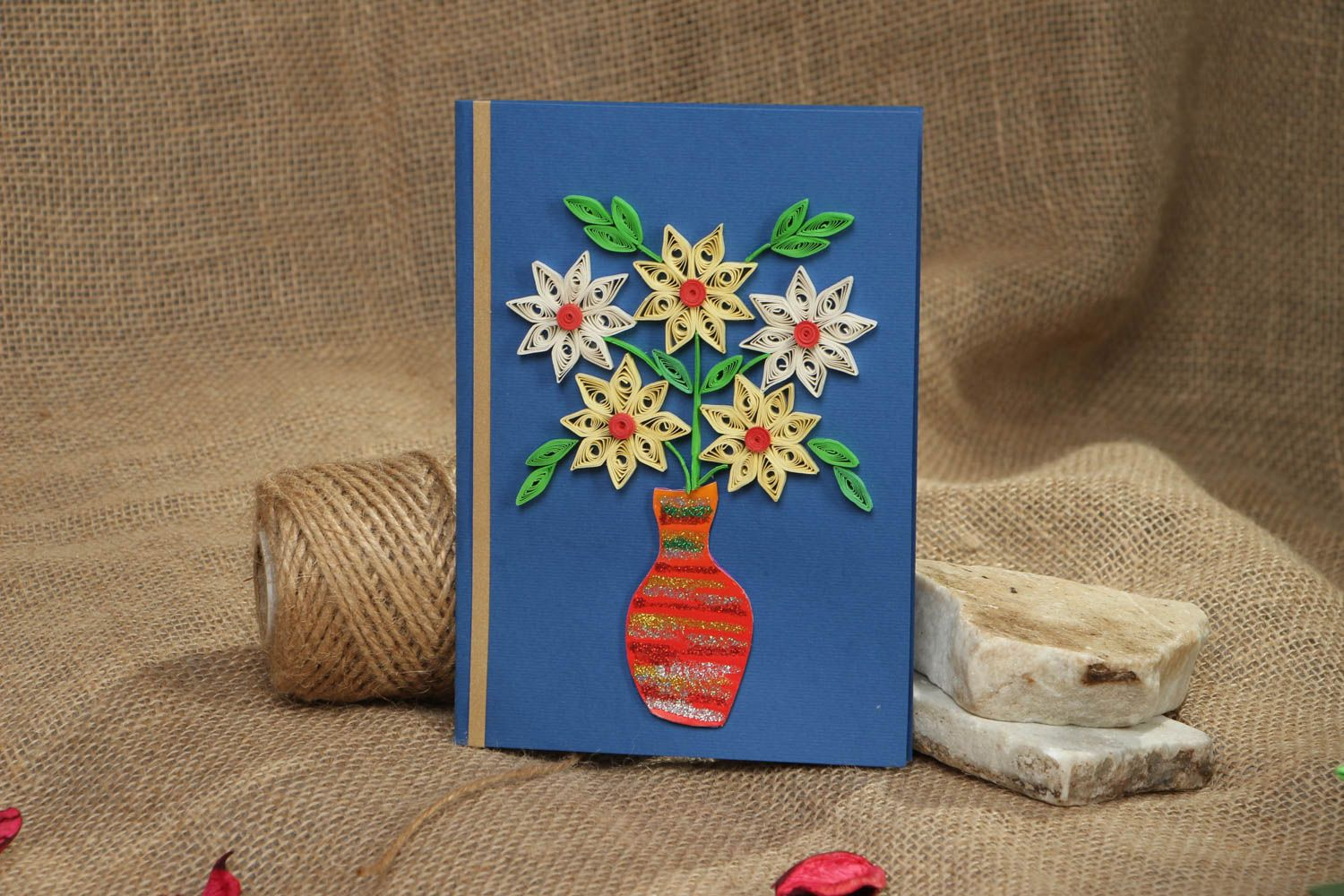 Greeting card made using quilling technique photo 5