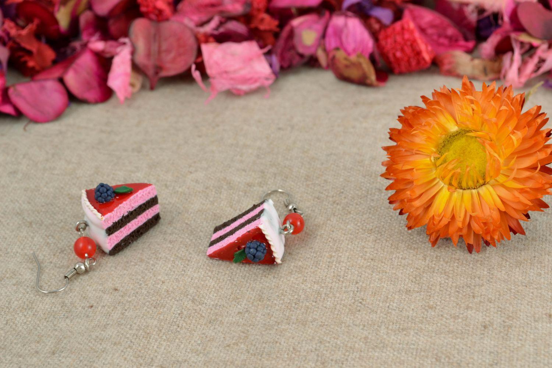 Серьги с подвесками из полимерной глины Черничный пирог фото 1
