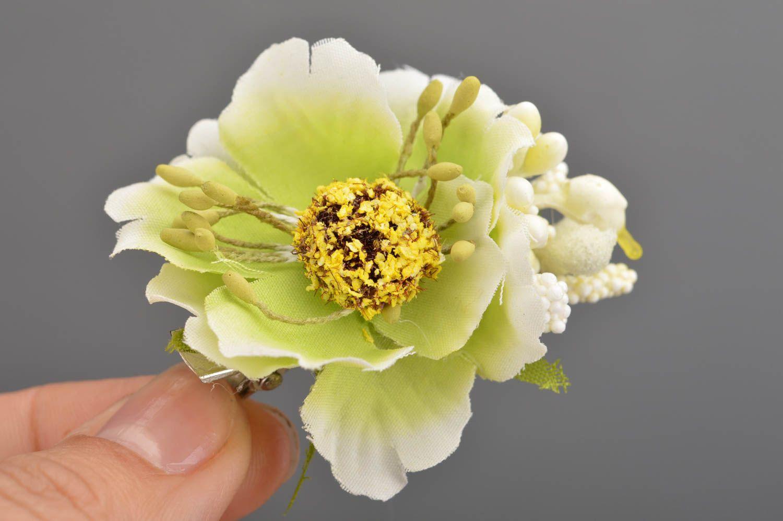 Handgemachte Kinder Haarspange mit Blume klein auf Metallbasis schön elegant foto 3