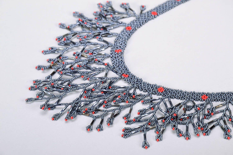 Gray beaded necklace photo 4
