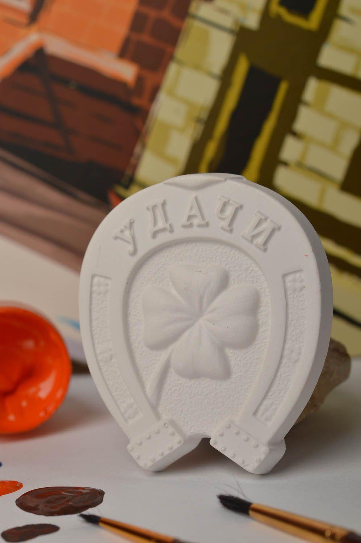 madeheart figurine peindre objet d coratif fait main. Black Bedroom Furniture Sets. Home Design Ideas