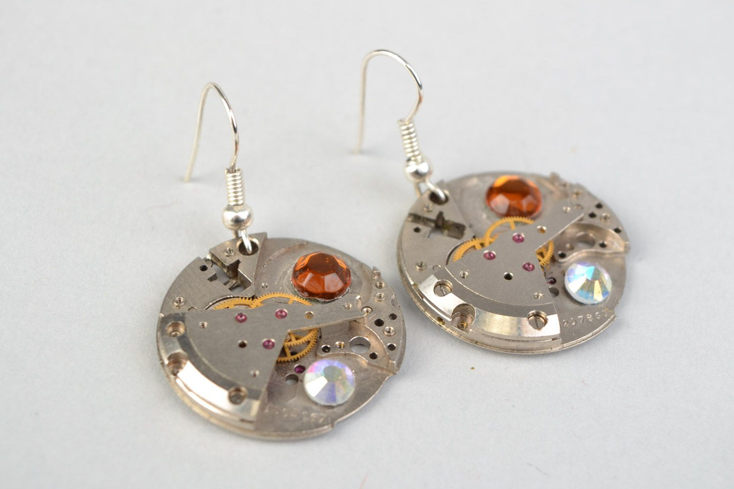 Small round handmade metal dangling earrings in steampunk style for girls photo 3