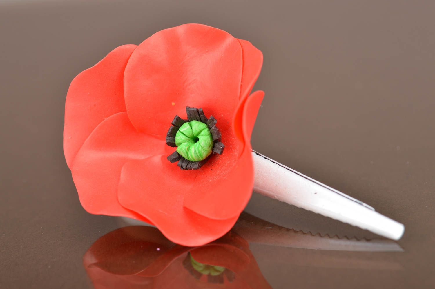Handmade designer metal hair clip with polymer clay red poppy flower photo 5